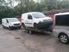 Přeprava nových vozidel pro autosalon.