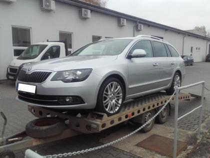 Výkup a odvoz Škoda Superb, rv: 2013, nové v ČR.